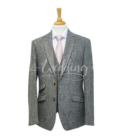 Grey tweed full suit with a light pink tie on a manikin wearing a white shirt 2